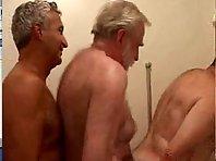 Hombres maduros 3some