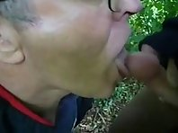 sex with Old_silverdaddies outdoor